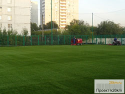 Обновлено покрытие на футбольном поле