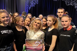 Учитель школы №2065 получила титул «Мисс Артистичность»