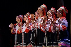 В ДК состоялся театрализованный концерт «Весенний бал» (фотоотчет)