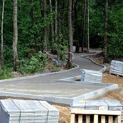 В парке «Филатов луг» обустраивают экотропу