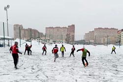Прошли матчи 6 тура Зимнего Первенства по футболу
