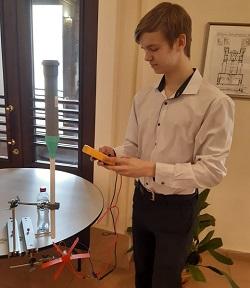 Ученик придумал дождевую воду преобразовывать в энергию